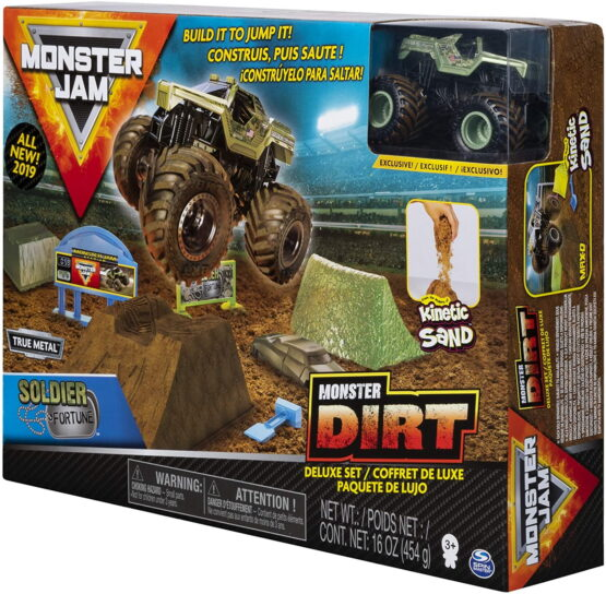 Monster Jam Set Camioneta Soldier Fortune Cu Nisip Kinetic Si Accesorii Cu Rampa