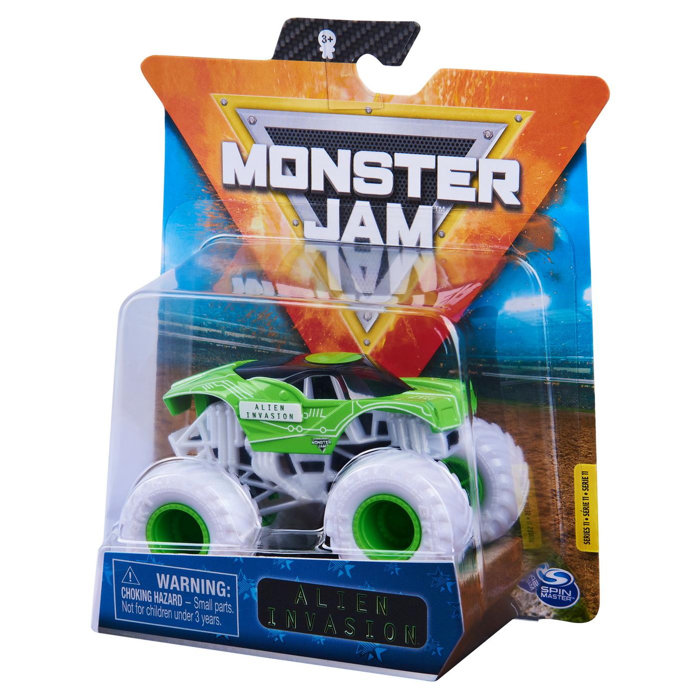 Monster Jam Masinuta Metalica Alien Invasion Scara 1 La 64