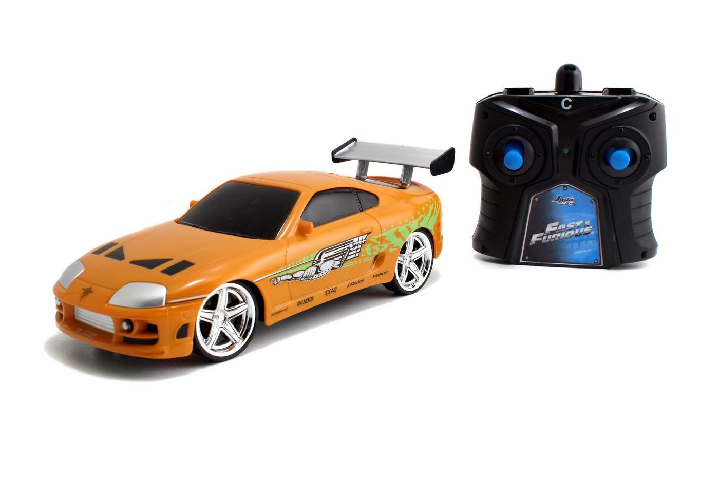 Masinuta Metalica Cu Telecomanda Fast And Furious Rc Brian's Toyota Scara 1:24